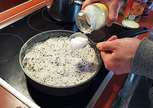 Coconut oil is added in the rice.